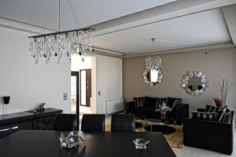 Villa katiana dining room
