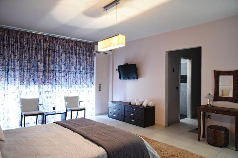Villa katiana master bedroom