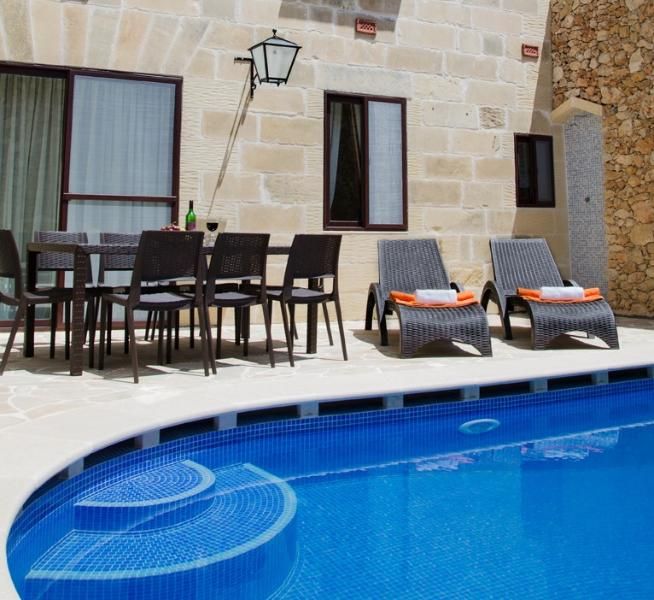 TRANQUILITY Farmhouse, vacation rental in Xaghra