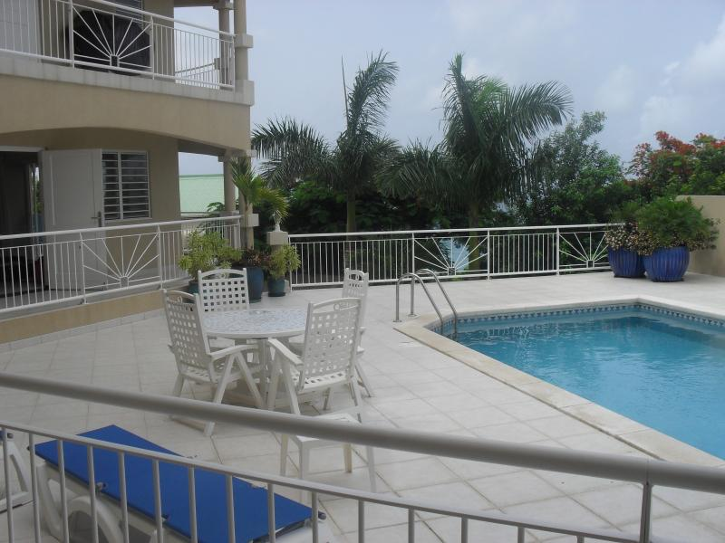 1 Bed Luxury Condo, vacation rental in Simpson Bay