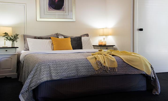 Mahala 1 - Queen Bedroom