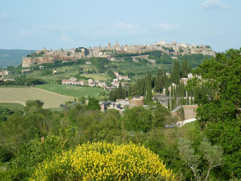 Magnificent Orvieto! Casa Passeggiata is right in the historic city center