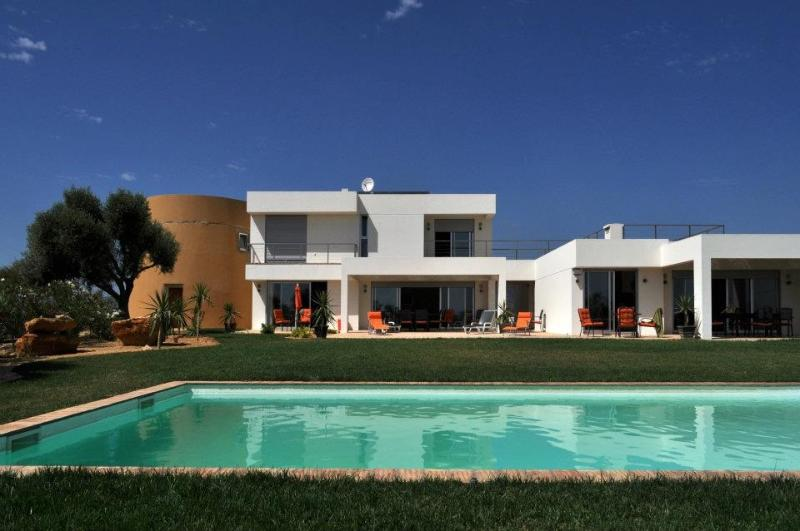 Amazing WindMill Houses, holiday rental in Quelfes
