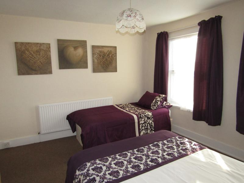 3 Bed Room Flat two minutes Walk from the Tube Station.