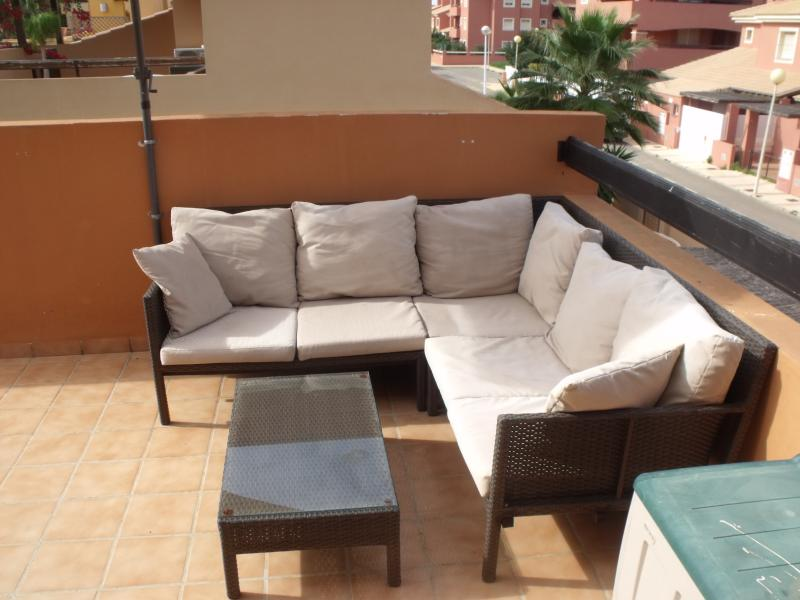 Relax in comfort on the sun terrace.