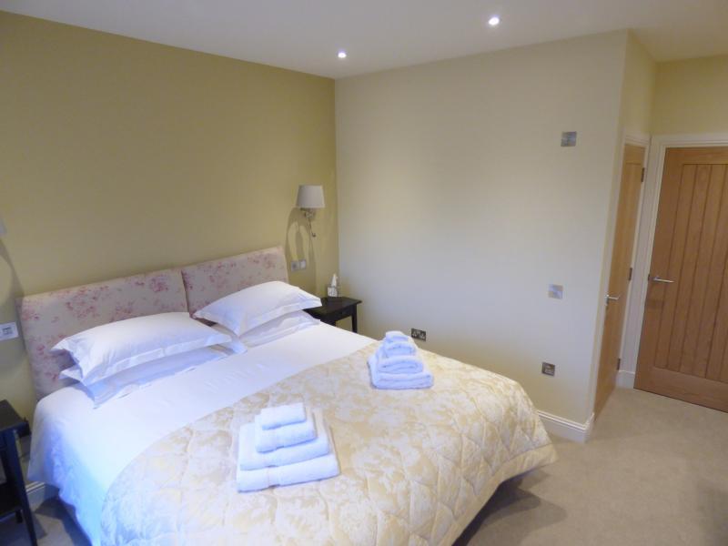 Hay Room (Ground Floor) with Ensuite Shower Room
