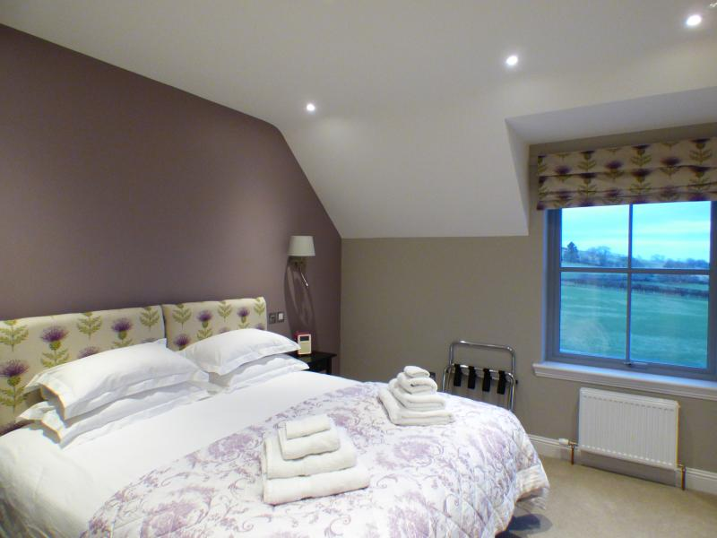 Thistle Room with Ensuite Shower Room