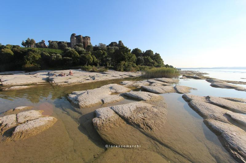 natural beach with ruins in Sirmione (10 minutes drive)