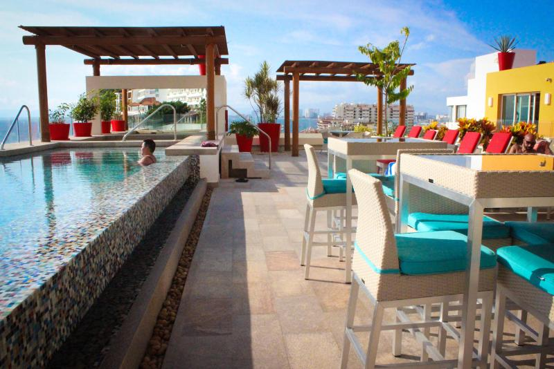 Roof Top Terrace with infiniti pool