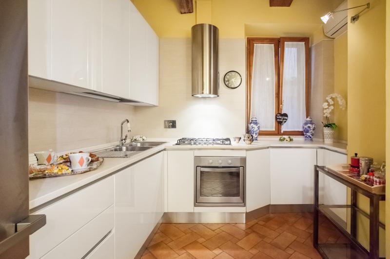 Impero Vaticano Navona Apartment  via.Paola 38 Roma VATICANO