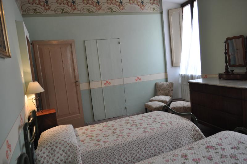 The green room, here we can add a 3rd bed, a cot, or arrange into a double room.