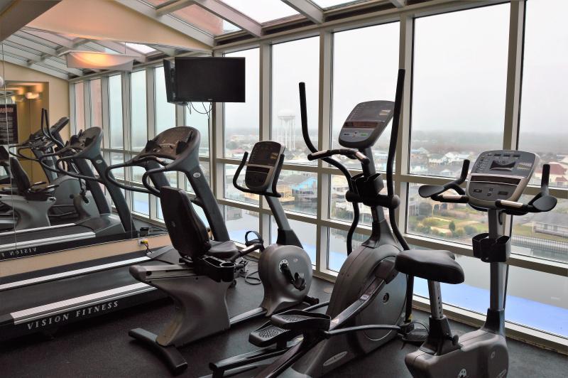 Cardio room on 9th floor