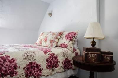 firm queen bed