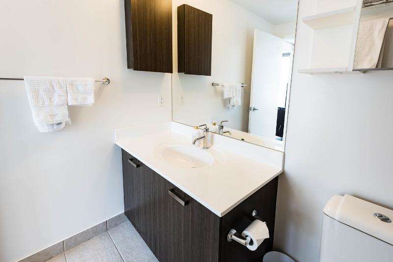 The Master en-suite bathroom.