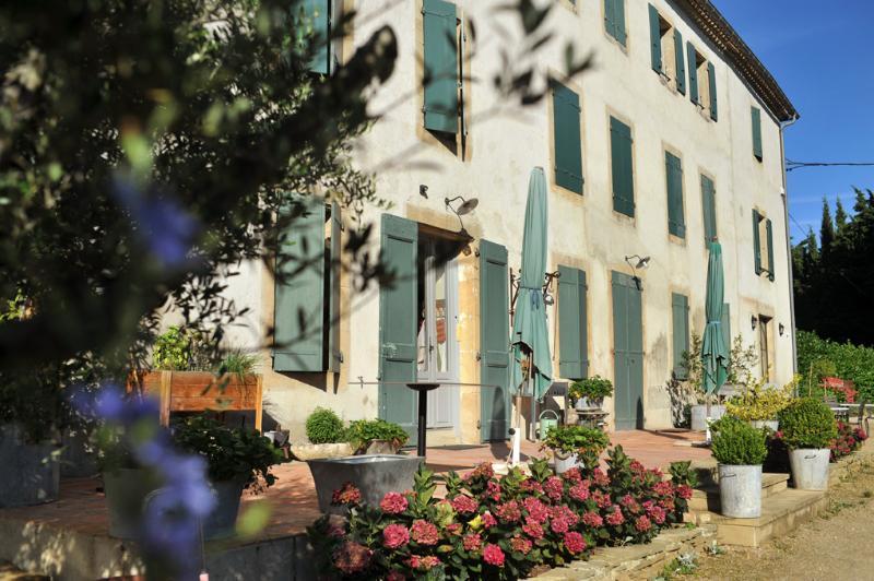 Domaine de la Salutière   ' La  Grande Maison 4ch', holiday rental in Saint Martin de Villereglan