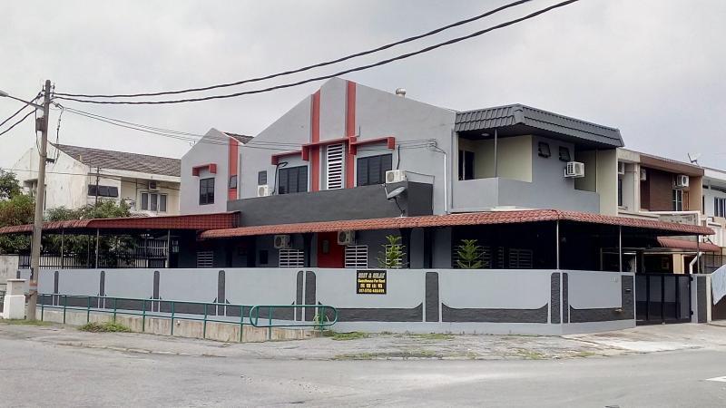 Rest & Relax 7 Rooms Ipoh Garden East, holiday rental in Batu Gajah