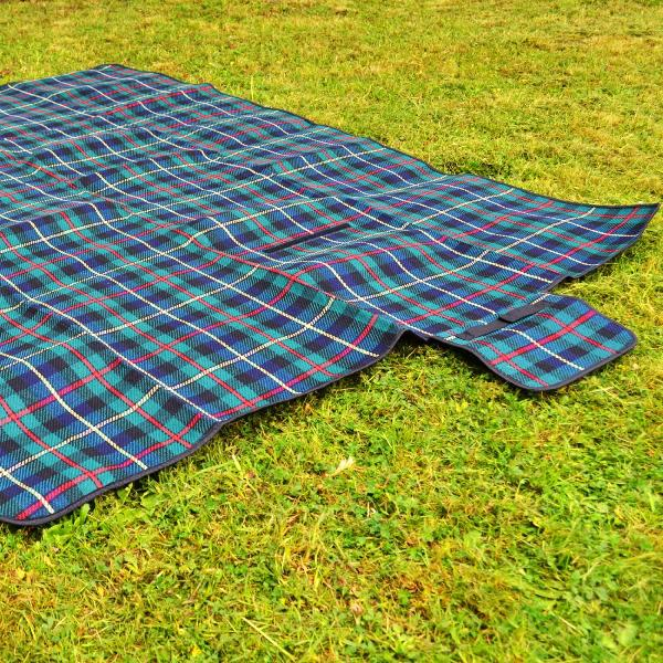 Picnic Blanket for guest use.