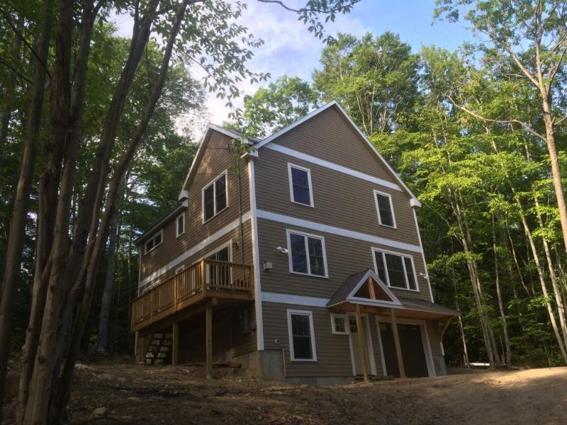 Fully equipped mountain home, near town and Saco River!