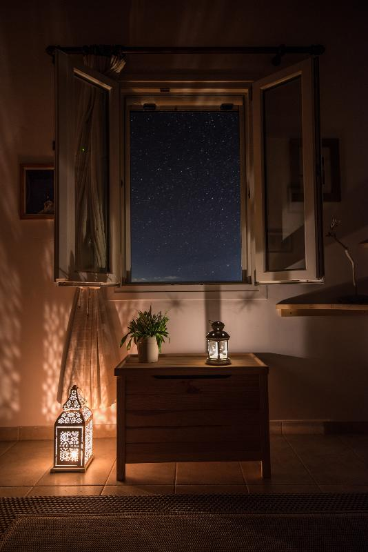 CANDLES AND STARRY SUMMER SKIES