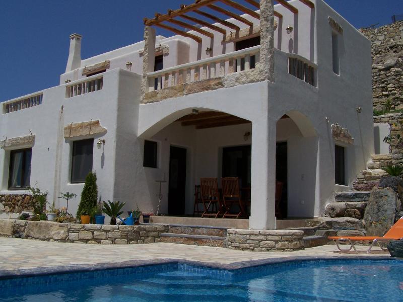 Villa Efrossini