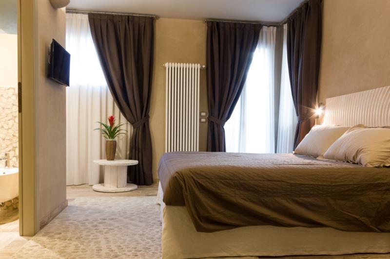Avena: doppia con bagno privato e terrazza ad uso esclusivo della camera.