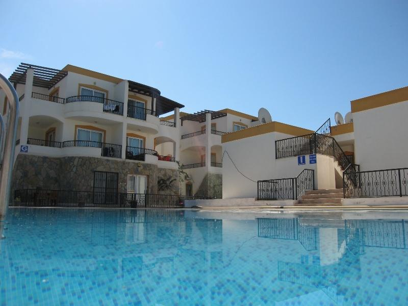 Luxurious holiday apartment Bodrum with sea view, aluguéis de temporada em Konacik