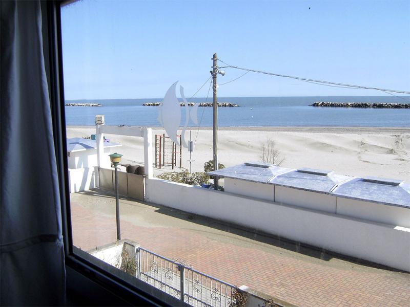 Villetta d'angolo in Residence fronte mare, aluguéis de temporada em Lido delle Nazioni