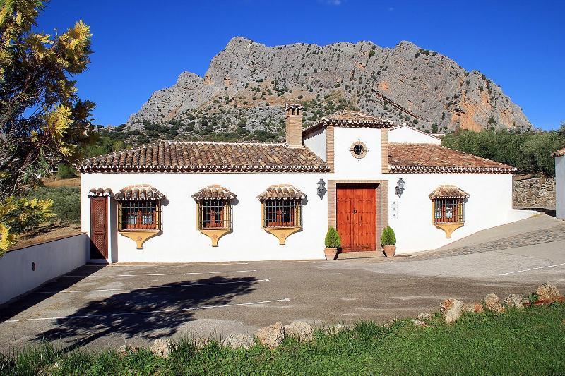 La Hacienda entrance and parking area