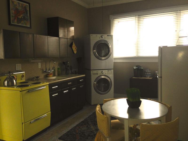 Kitchen w/washer/dryer, vintage stove, refrig, microwave, Keurig