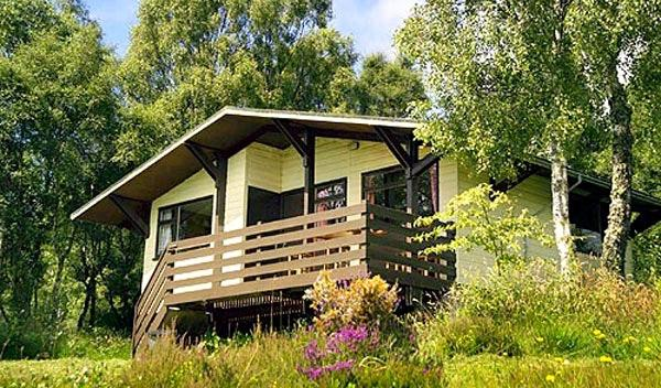 Self Catering Lodges Above Loch Ness Has Mountain Views