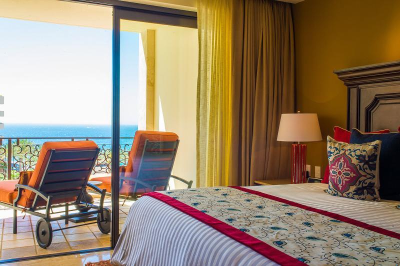 Bedroom with Ocean view balcony