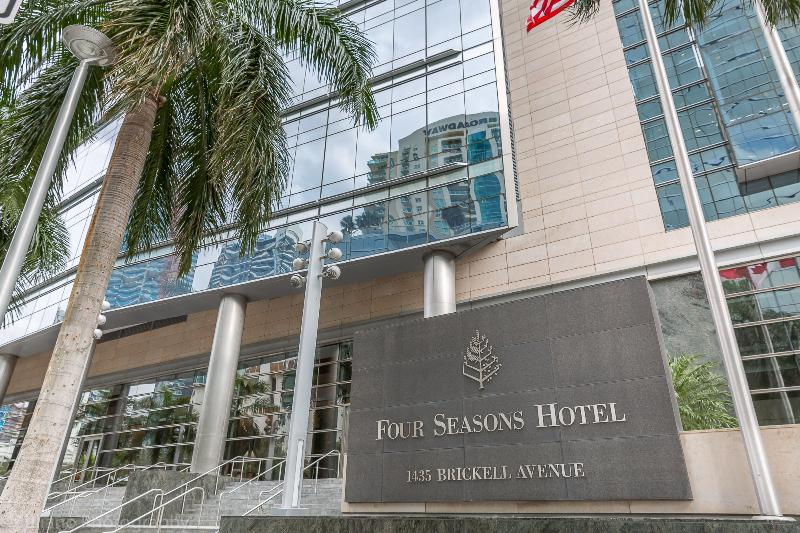 Entrance to the Four Seasons, Miami, where the unit is located.