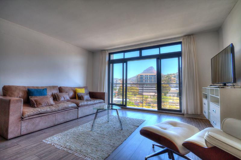 De Waterkant Quayside Apartment, holiday rental in Cape Town Central