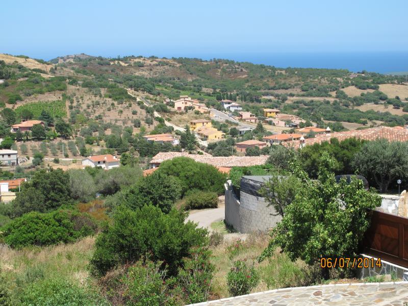 Vue de la mer et du village depuis la villa