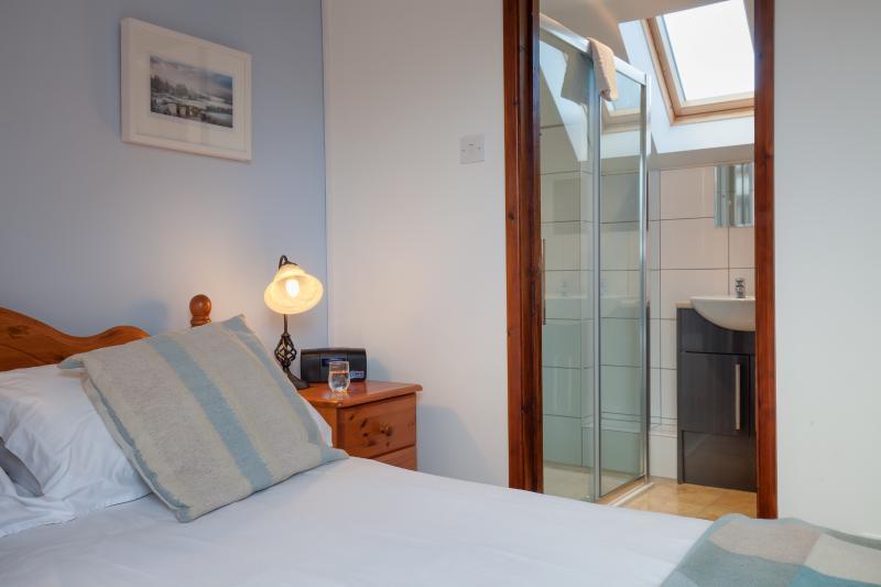 First floor bedroom showing en-suite