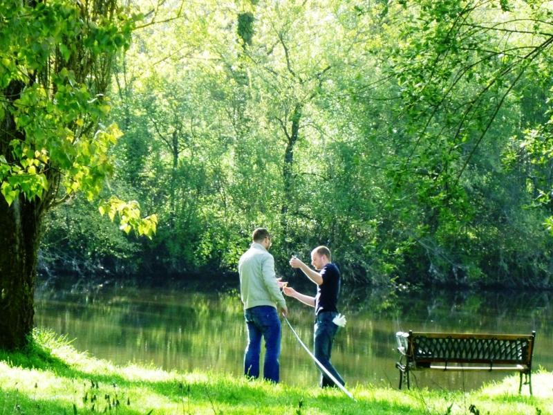 Nossos hóspedes podem desfrutar de pesca em Aprils