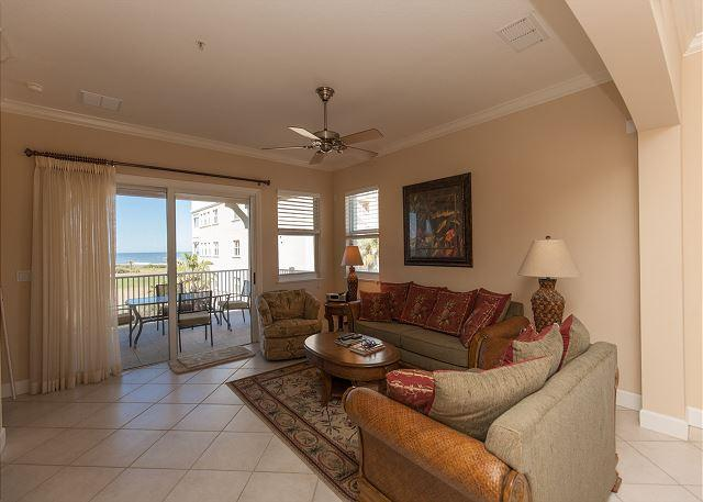 Cinnamon Beach End Unit - 345 !! Over 2100 sf with Ocean and Golf Views !, location de vacances à Palm Coast
