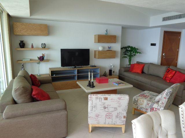 Living room, flat TV.