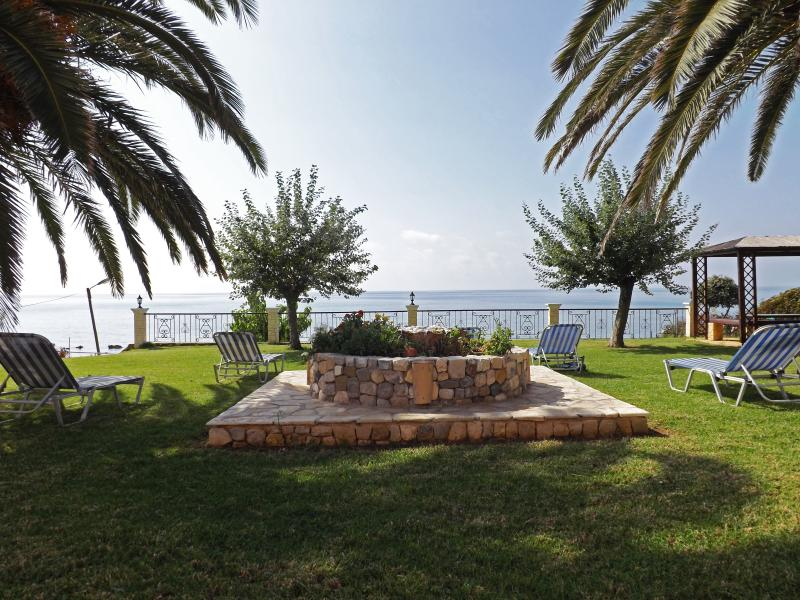 Corfu Villa Memos, holiday rental in Agios Matthaios