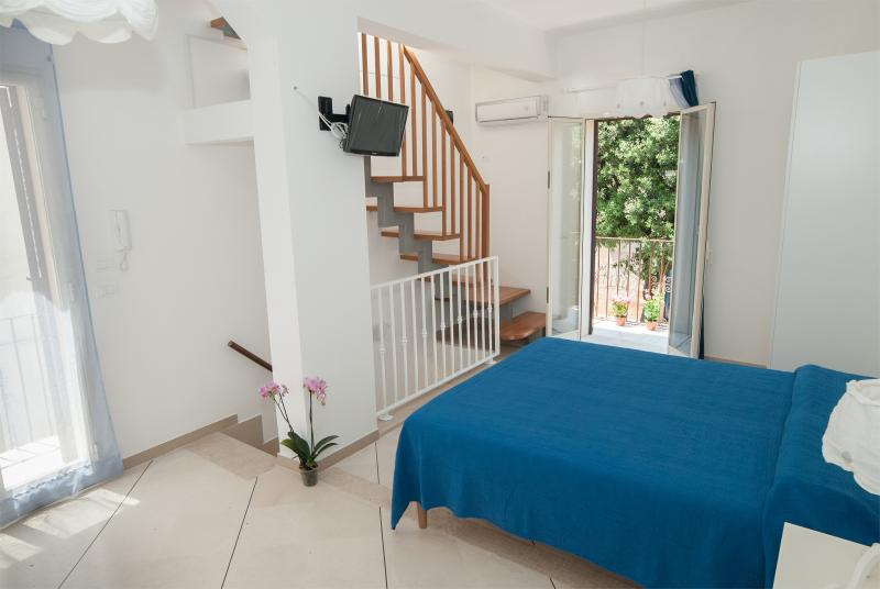 First floor bedroom: double / twin + 2 extra beds tvsat + + + wi-fi air conditio