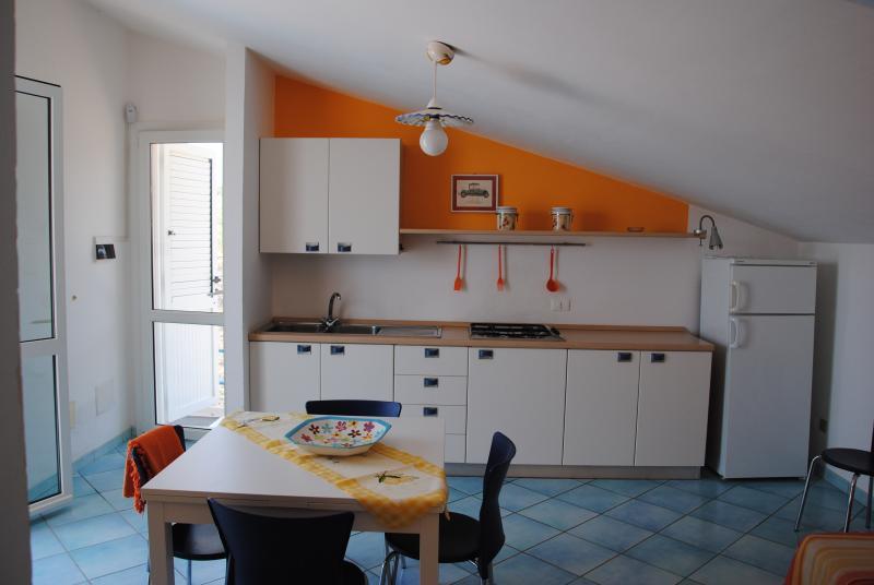 Lumia Bilocale mansardato, vacation rental in Sciacca
