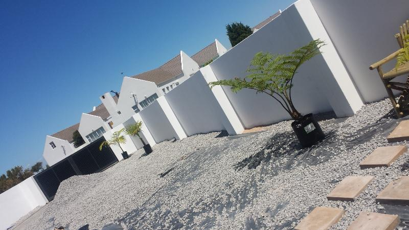 Villa Konstanja Self Catering Accommodation, location de vacances à Velddrif