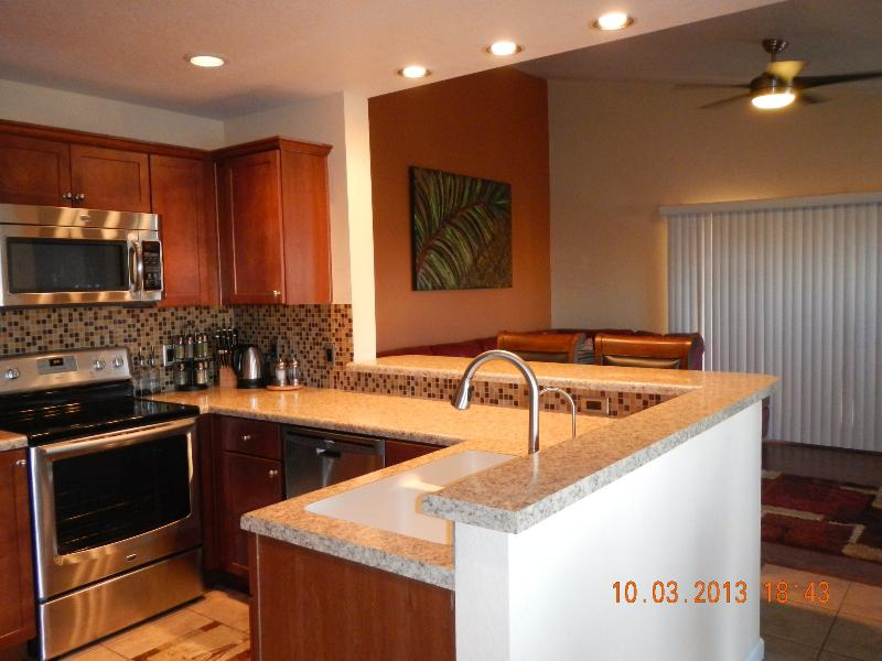 Spacious 3 Bedroom/2 Bath- 5 min walk to fountain!, alquiler de vacaciones en Fountain Hills
