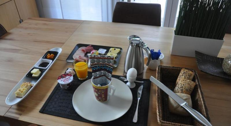 Guest rooms on the top floor with breakfast (optional)