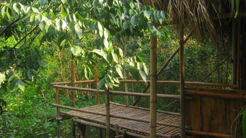 chez beo homestay with mountain view Ninh Binh VN, casa vacanza a Ninh Thang