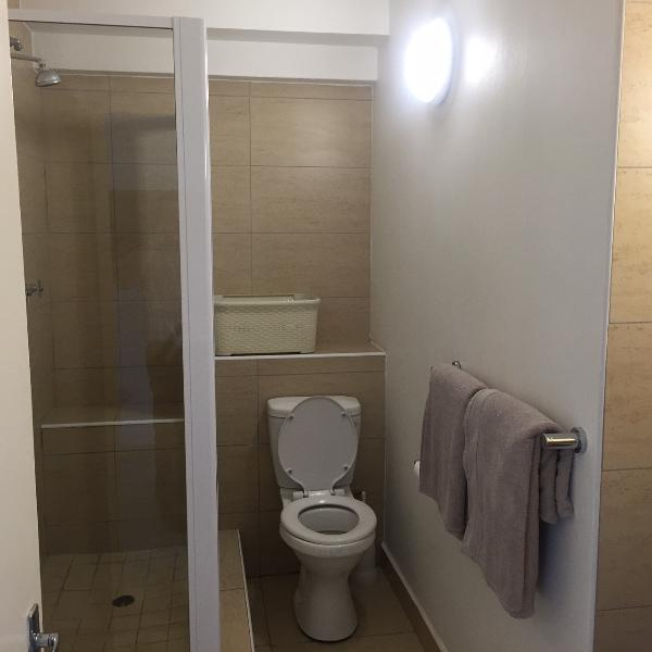 1 Bathroom with shower
