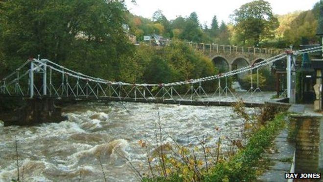 Llangollen chain bridge and restaurant