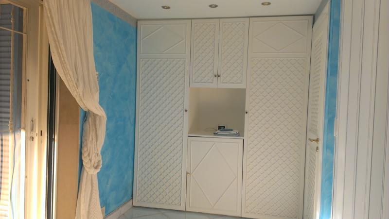 armadio camera divano letto