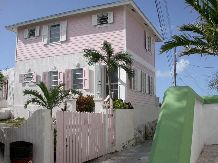 Experience the REAL Bahamas, holiday rental in Tarpum Bay