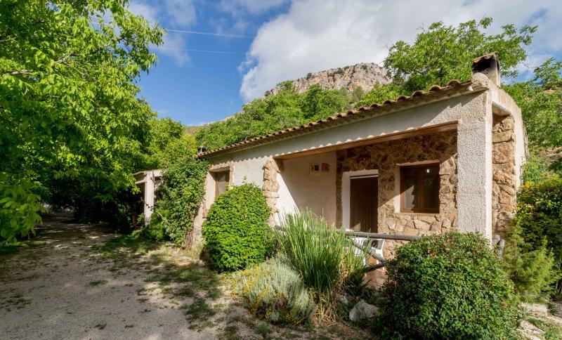 Casas Rurales los Enebros 6 personas, location de vacances à Santiago-Pontones
